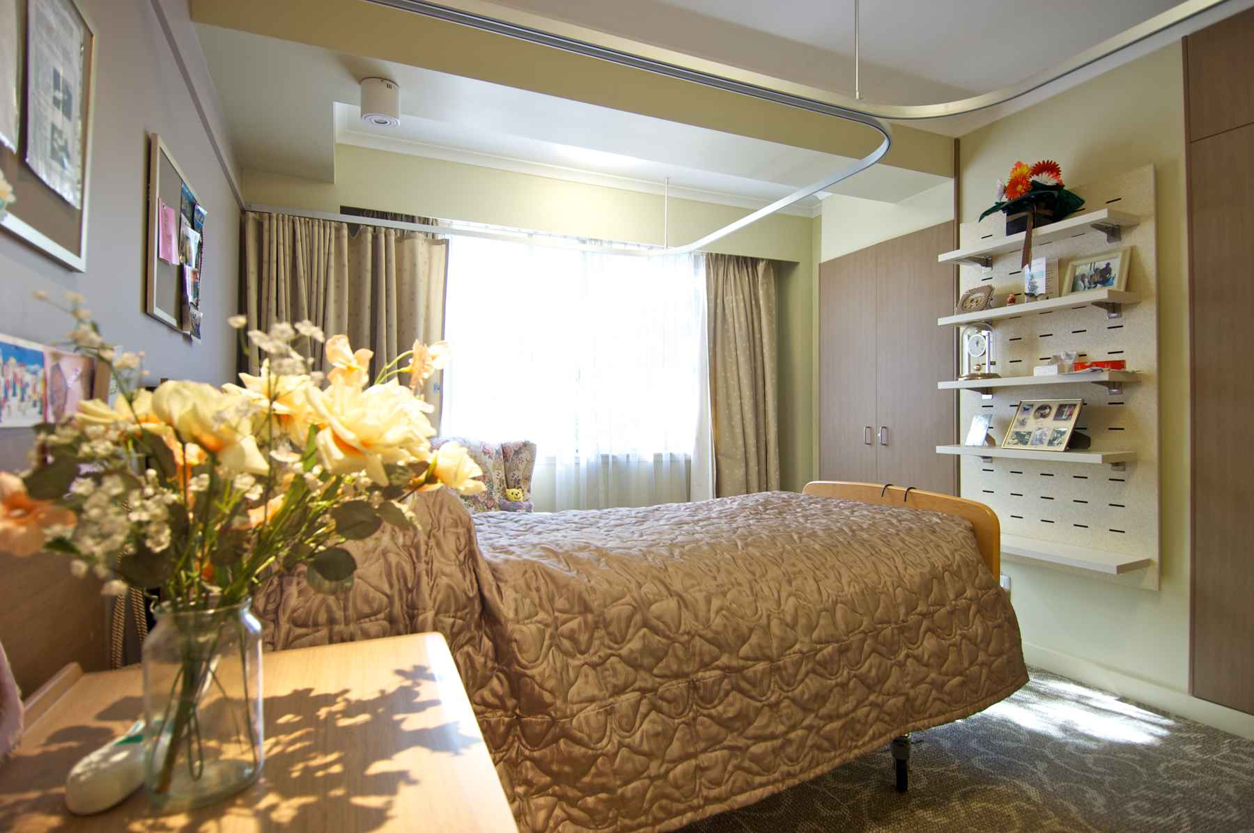 Ashburn House in Gladesville offers outstanding 24-hour nursing care.