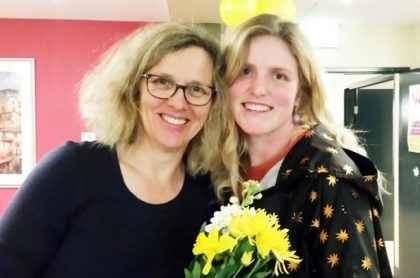 Volunteer Liz organises flower-arranging at Ashburn House.